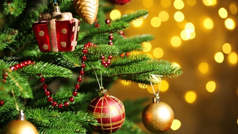 Дорогі лучани! Щиро вітаю вас з Новим Роком та Різдвом Христовим!