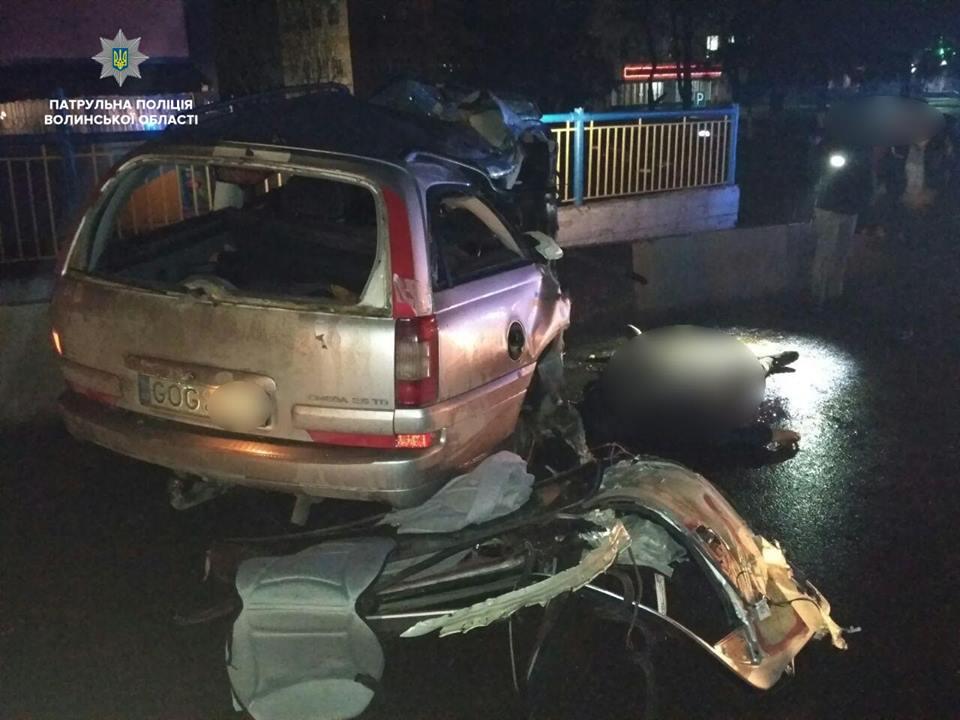 У Луцьку у ДТП загинув пасажир легковика