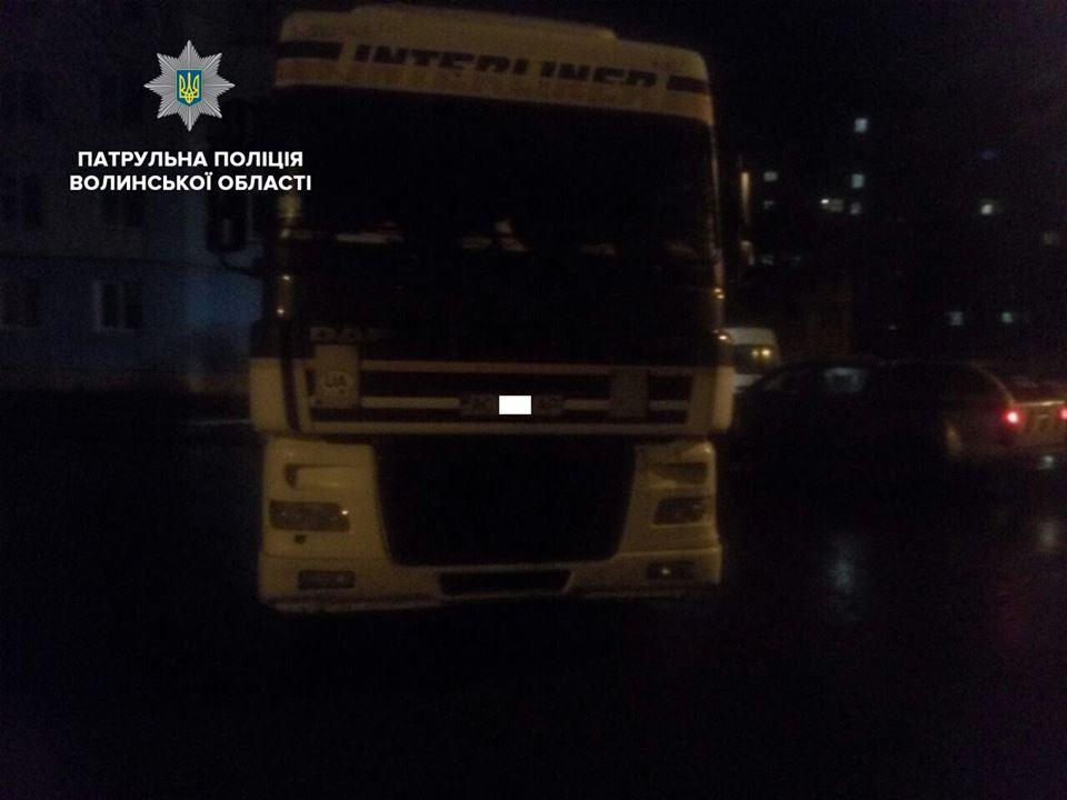 У Луцьку покарали двох нетверезих водіїв