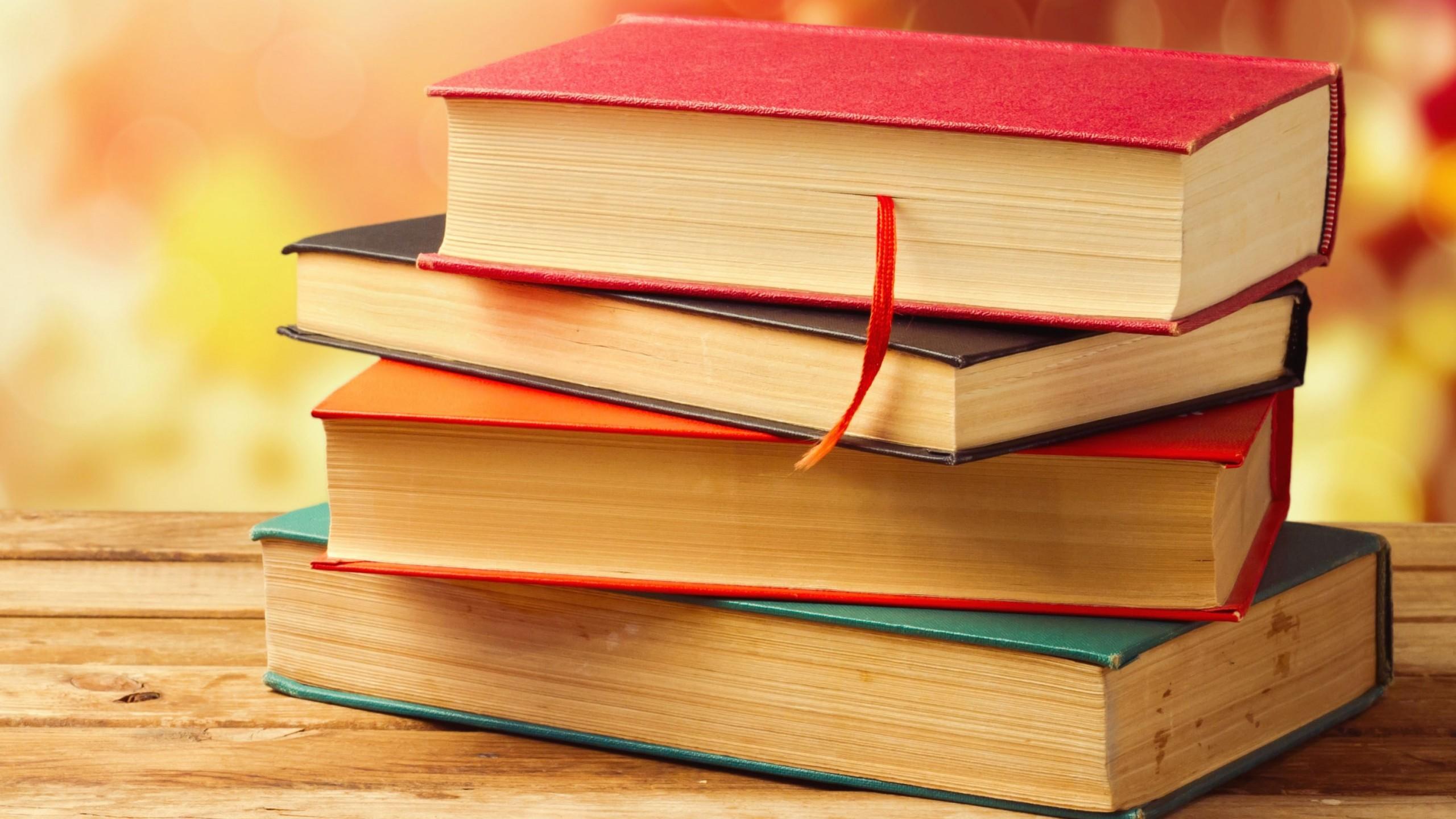 У Луцькуоголосили прийом книг
