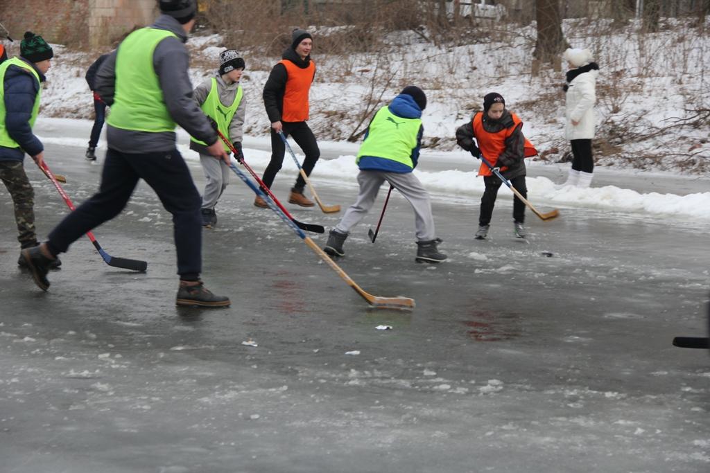 У Луцьку відбулись товариські зустрічі з хокею. ФОТО