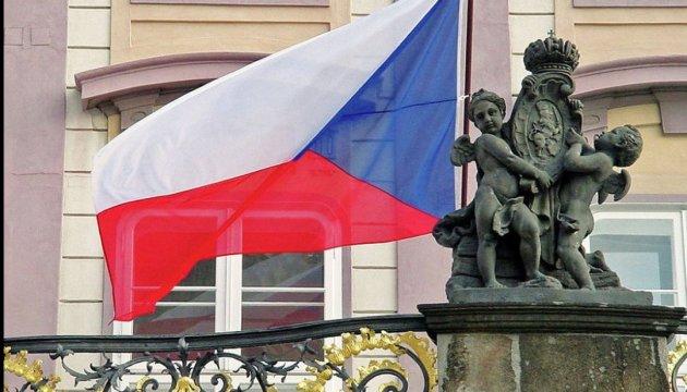Вибори в Чехії: в другому турі може перемогти проукраїнський кандидат