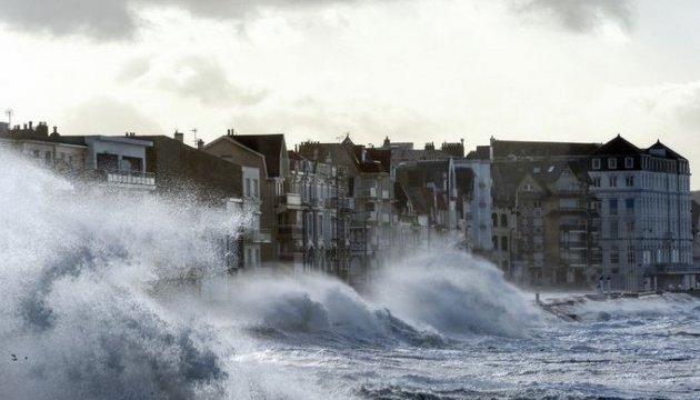 В Європі через ураган «Фрідеріке» загинули шестеро людей