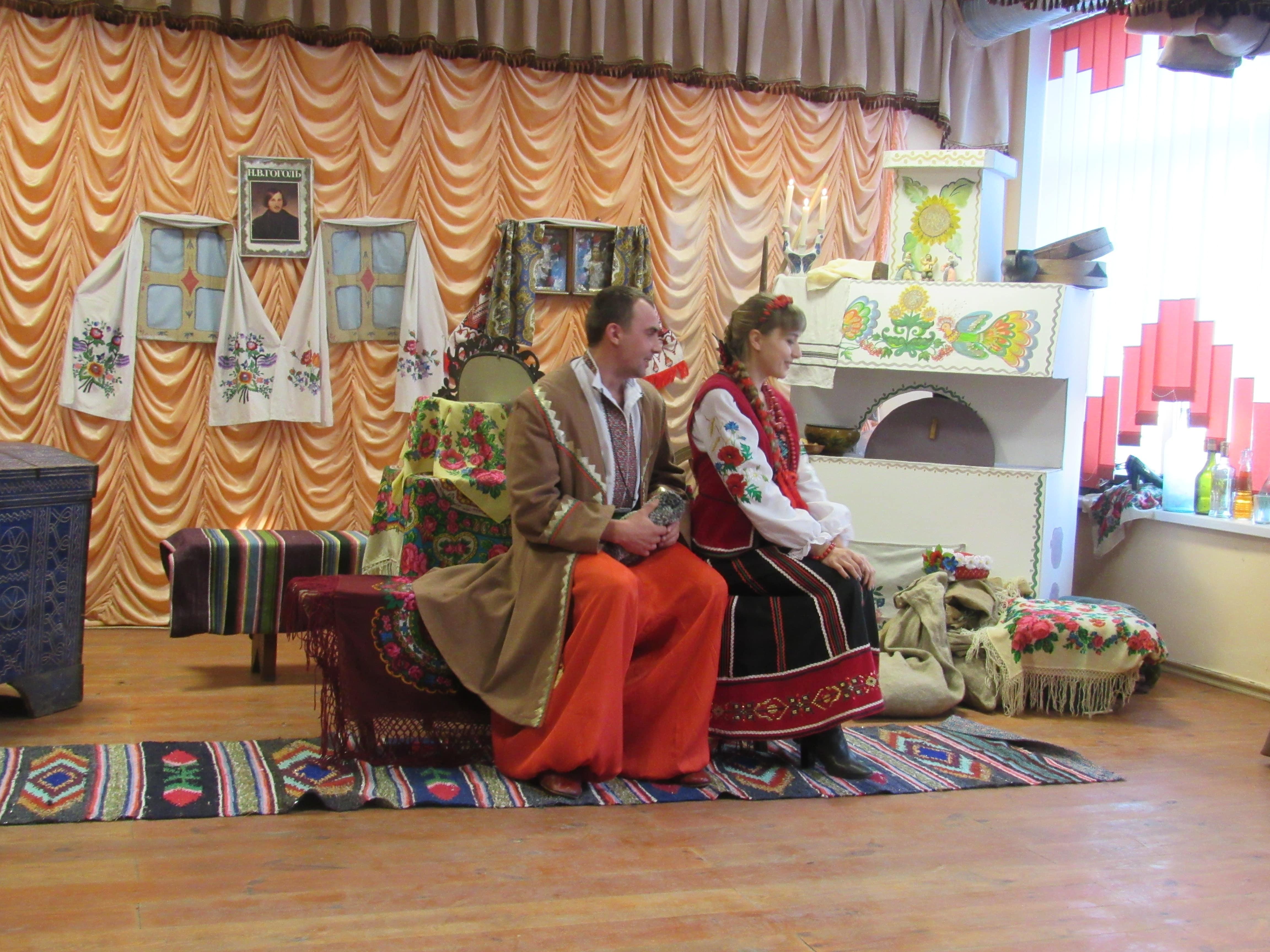 У селі на Волині аматори поставили виставу «Ніч перед Різдвом». ФОТО