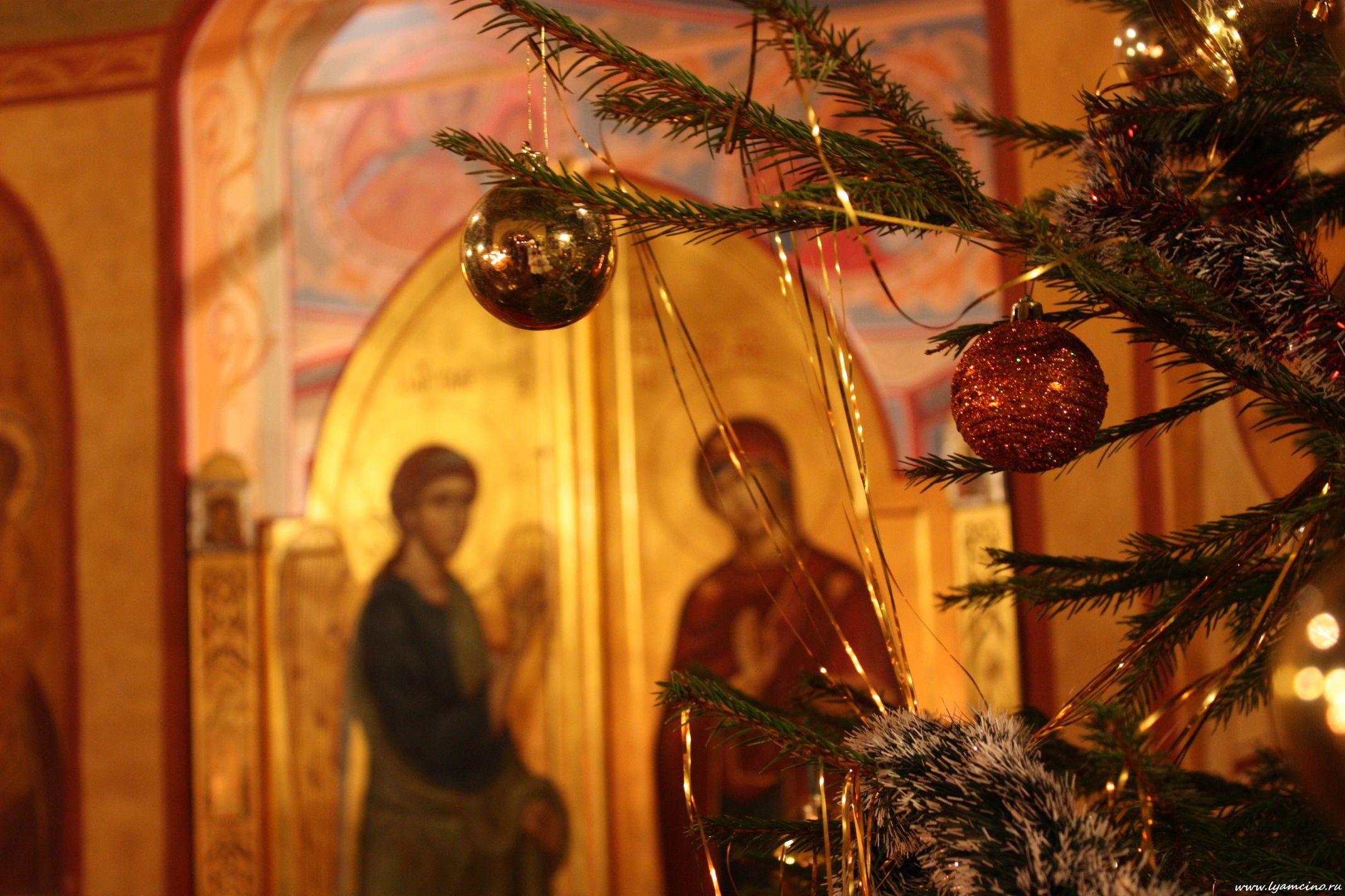 На Різдво понад 18 тисяч правоохоронців охоронятимуть безпеку біля храмів