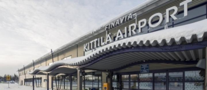 У Фінляндії пілота вбило дверима в літаку, який зареєстрований у Києві
