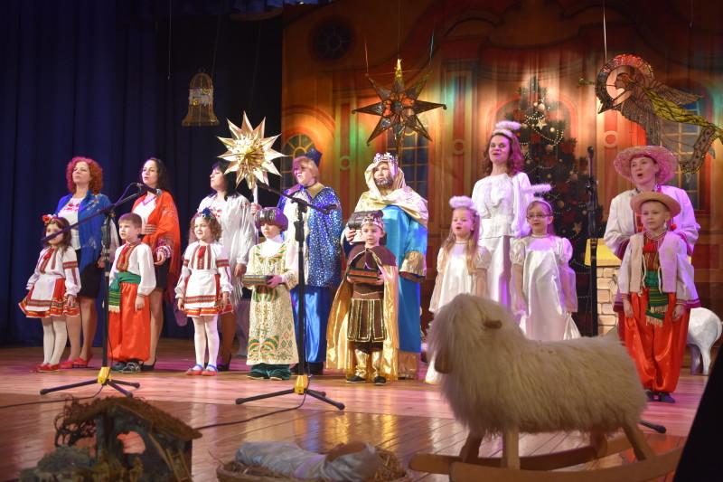 У Луцьку відбувається фестиваль вертепів «З Різдвом Христовим!». ФОТО