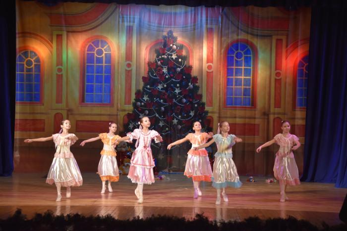 У Луцьку відбулася вистава-балет «Лускунчик». ФОТО