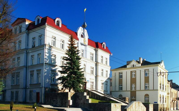 Підприємство депутата зробить поточний ремонт вулиці біля Луцькради