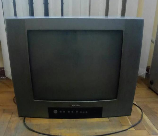 На Волині жінку побили у власному домі та викрали телевізор