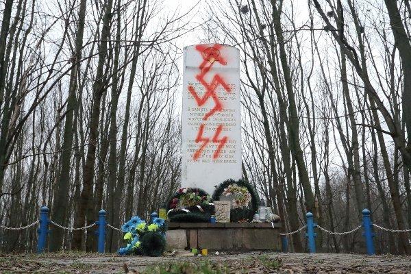 Влада Тернополя заявила, що в місті діють завербовані Росією вандали