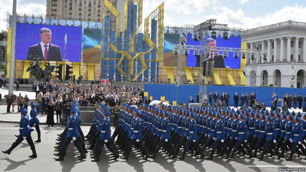 Уряд пропонує змінити військові привітання на «Слава Україні» та «Героям слава»