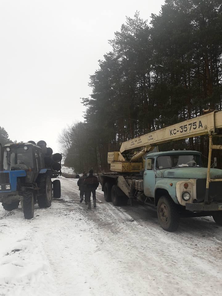 На Волині зловмисники намагались викрасти труби з нафтопроводу. ФОТО. ВІДЕО