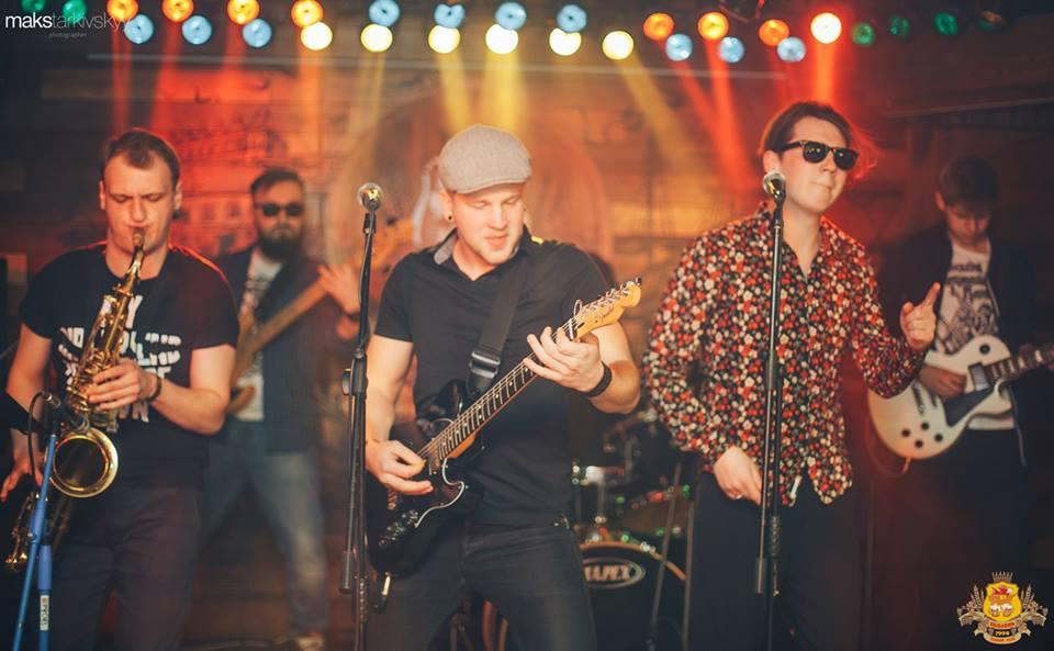 У Луцьку гурт «Львівський Танцювальний Клуб» презентував дебютний альбом. ФОТОРЕПОРТАЖ