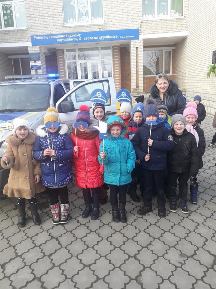 Волинські патрульні завітали в гості до школярів. ФОТО