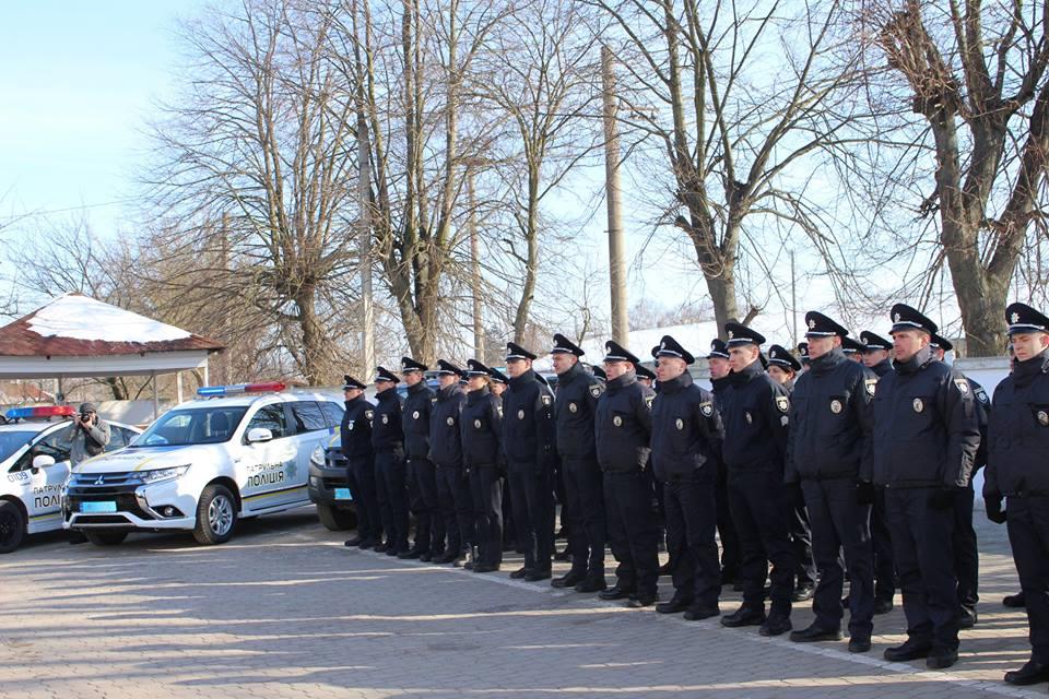 Лави патрульної поліції Волині поповнили 35 нових поліцейських. ФОТО