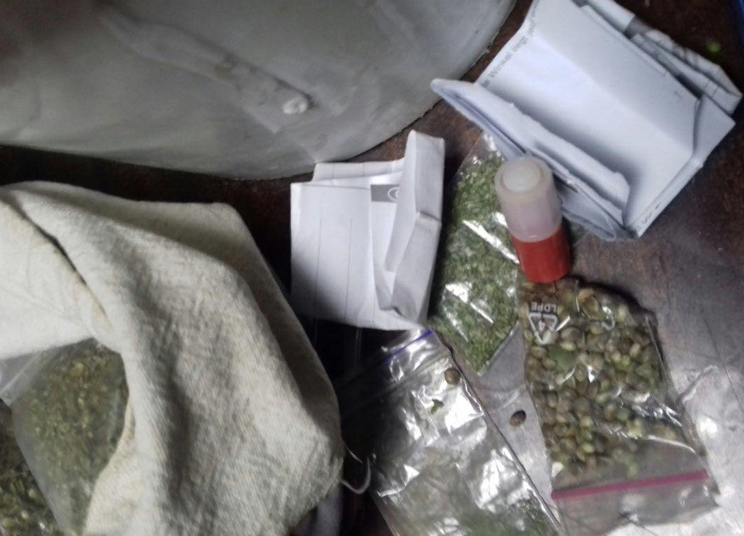 На Волині поліцейські затримали групу наркоторговців. ФОТО