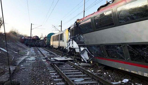 Зіткнення потягів у США: кількість постраждалих зросла до 116