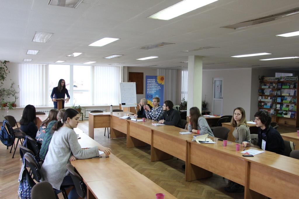 У Луцьку вчили ефективно дебатувати та переконувати. ФОТО