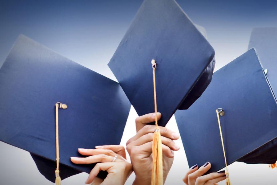 Луцький виш запрошує на вручення дипломів магістра