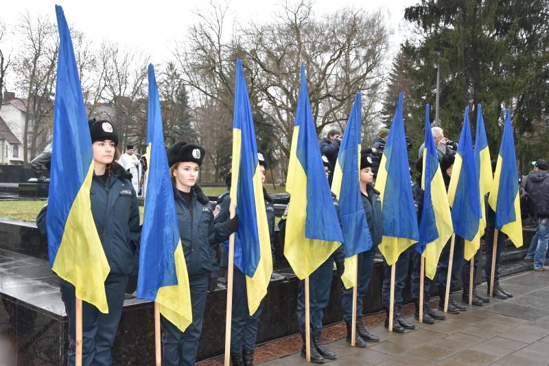 У Луцьку вшанували пам'ять визволителів міста під час Другої світової війни. ФОТО