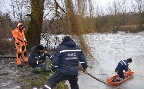 У Луцьку знайшли тіло хлопчика, який провалився під лід