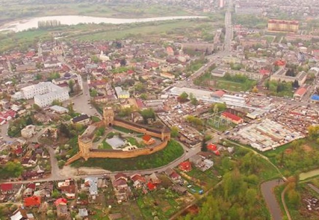 У Луцькраді збирають пропозиції, що зробити на місці Центрального ринку