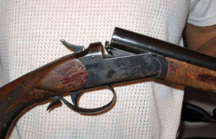 Волинянин вистрелив собі в голову із мисливської рушниці
