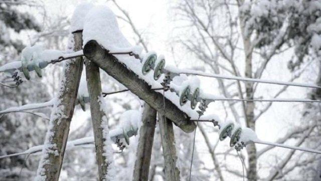 На Волині через сніг без світла залишились 19 населених пунктів