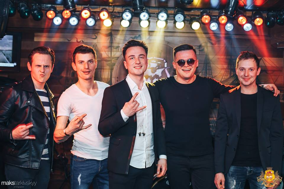 У Луцьку гурт «Шосте Чуття» презентував новий сингл. ФОТОРЕПОРТАЖ
