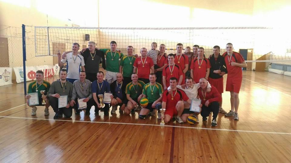 У Володимир-Волинському – турнір з волейболу на кубок міського голови. ФОТО