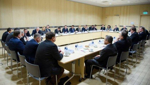 Гройсман прогнозує збільшення товарообігу з Латвією до 800 мільйонів доларів