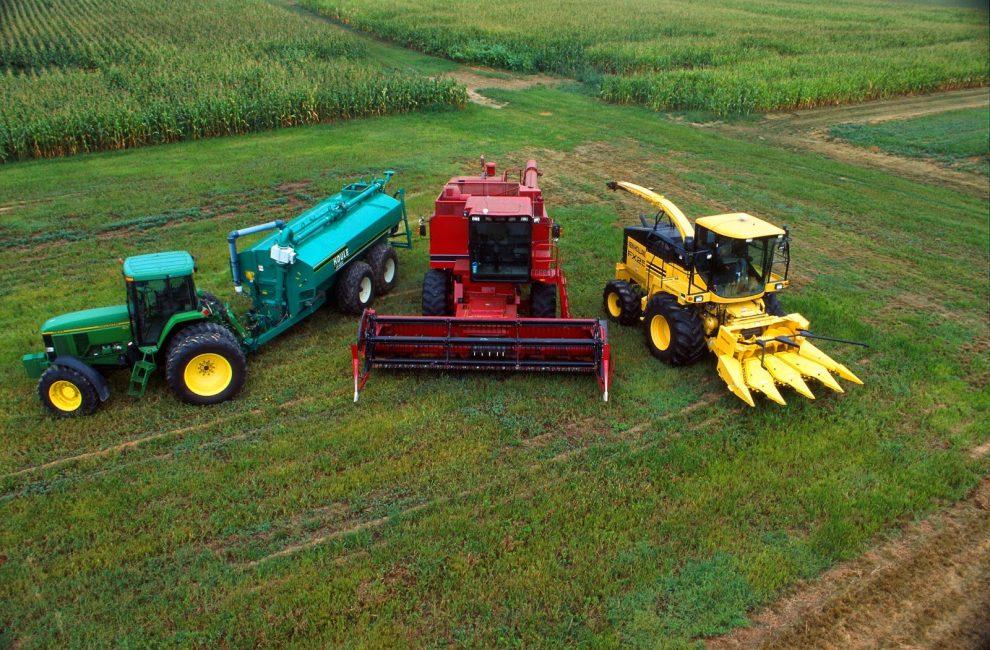 «ПриватБанк» допоможе аграріям економити чверть вартості агротехніки