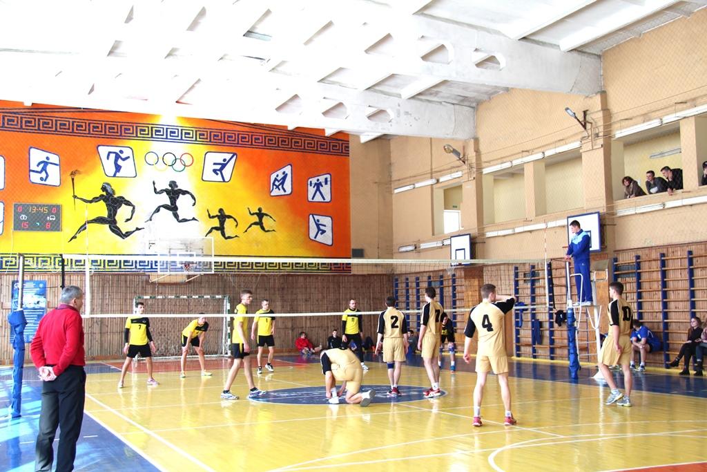 У Луцькому НТУ урочисто відкрили турнір з волейболу «Lutsk Volley». ФОТО