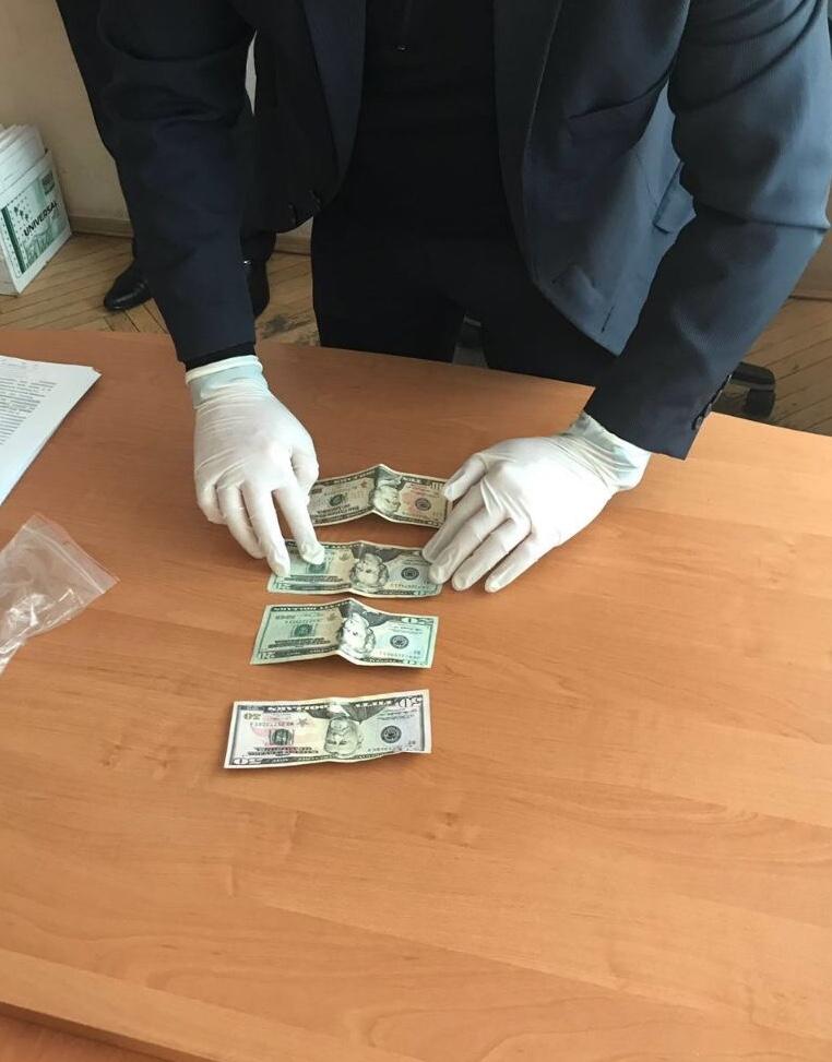 Волинянка намагалась дати хабар прокурору. ФОТО