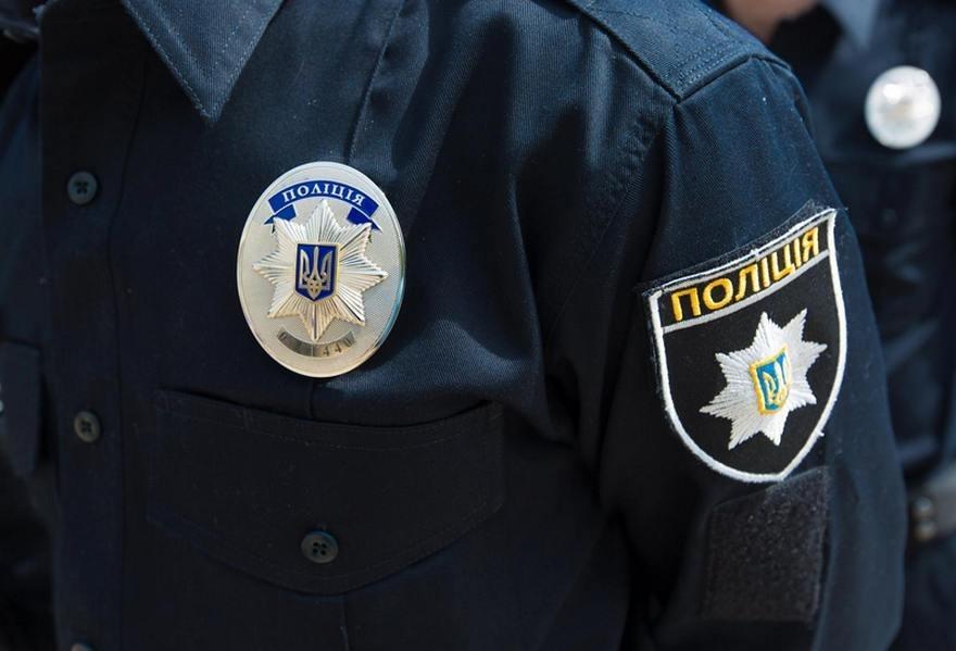 У Луцьку слідчі оголосили іноземцю про підозру у підробці документів