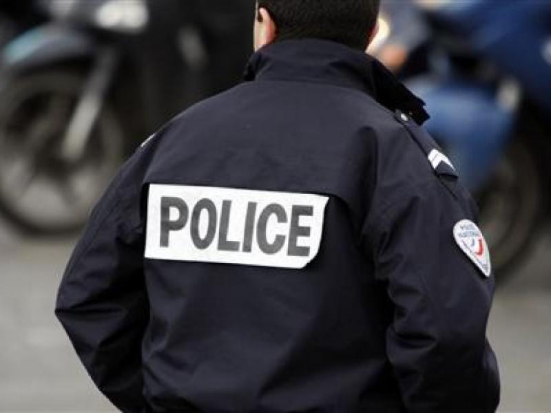 У США заарештували вчителя зі зброєю, який влаштував стрілянину в школі