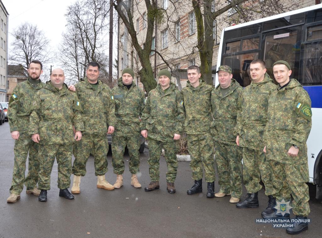 Волинські слідчі відбули на схід України. ФОТО