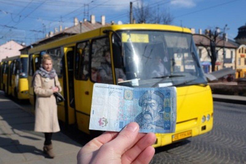 У Луцьку пропонують збільшити вартість проїзду у маршрутках із середини травня