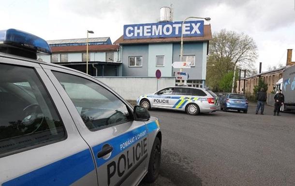 У Чехії на хімічному заводі стався витік фенолу, 20 постраждалих