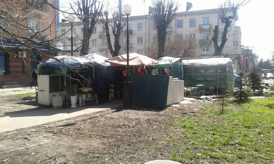 Які тимчасові споруди демонтують у Луцьку. ПЕРЕЛІК