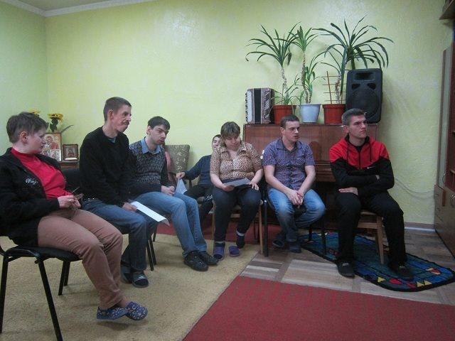 У Луцьку люди з особливими потребами долучились до заходу, присвяченому Чорнобилю. ФОТО
