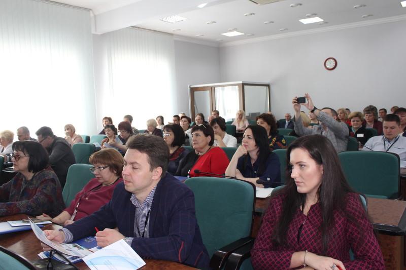 У Луцьку обговорюють питання реформування освіти. ФОТО