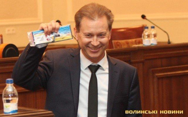 Депутат-мільйонер Волиньради: володар десятків напівпричепів та вантажних автомобілів
