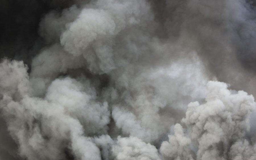 У Луцьку евакуювали жінку з дитиною із задимленого приміщення