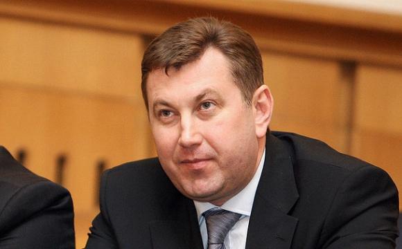 Статки заступника головного лісівника країни – земля на Київщині, мільйон вдома та фірми дружини на Волині