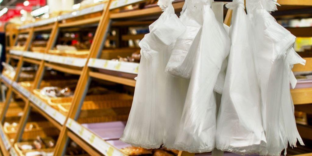 У Луцьку планують заборонити поліетиленові пакети в магазинах