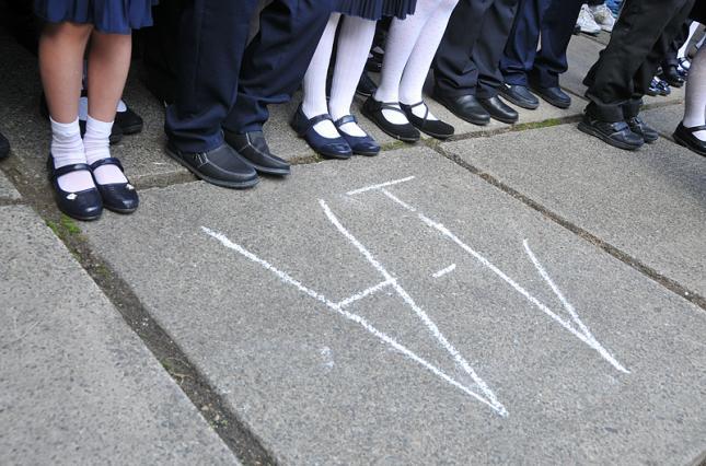 У школі на Дніпропетровщині на лінійці стало погано 19 учням