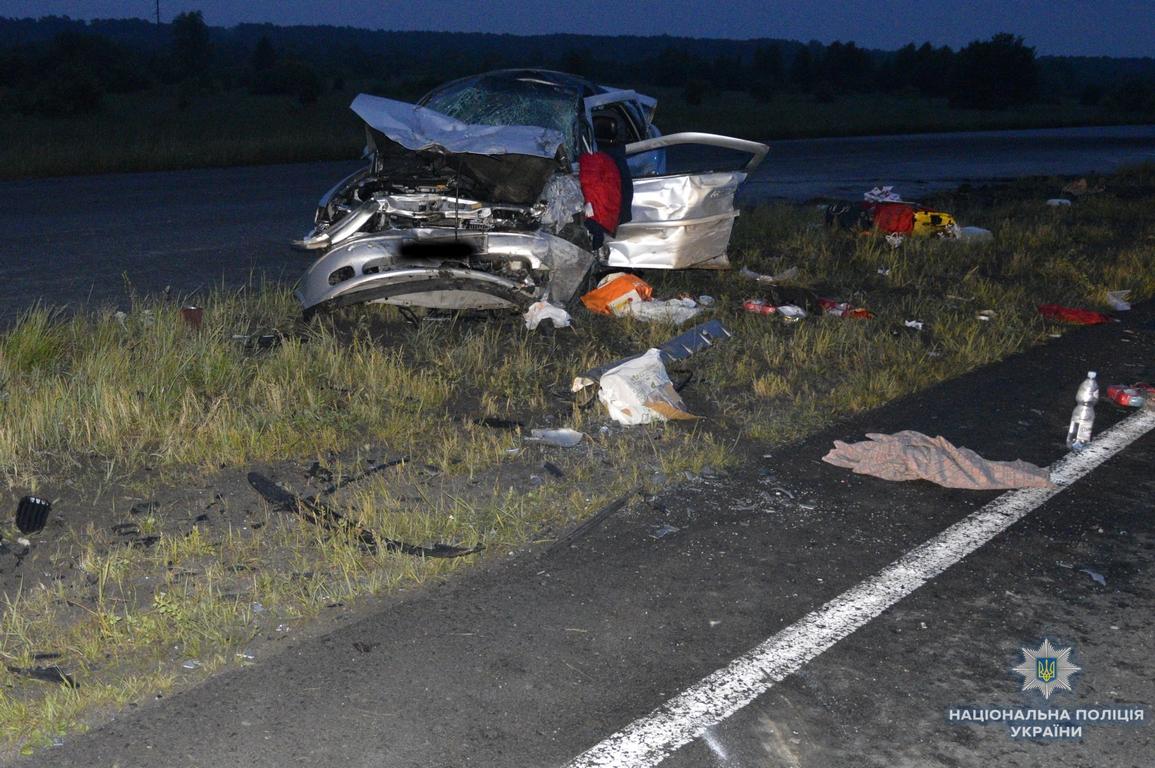 ДТП на Волині: двоє людей загинуло, ще дев'ятеро травмовані