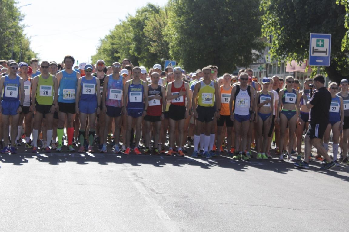 У Ковелі стартував Чемпіонат України з півмарафону. ФОТО